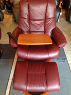 stressless-kensington-winered-paloma-cherry-stained-2009-laptop-table-thumb.jpg
